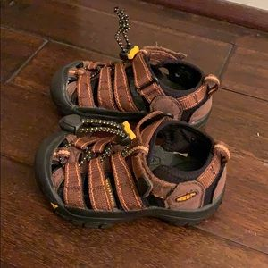 Keen Newport Waterproof Sandals Size 10 Little Kid